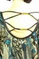 Zelený top se vzorem a s koženkou